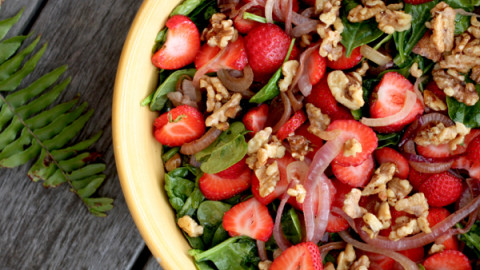 Summer Spinach Salad with Sweet Strawberries
